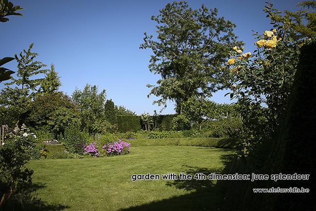 personal_garden_-011summer_border_0