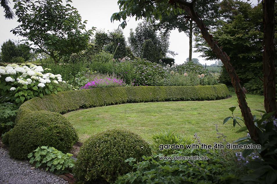 personal_garden_112bloeiende_border_juli